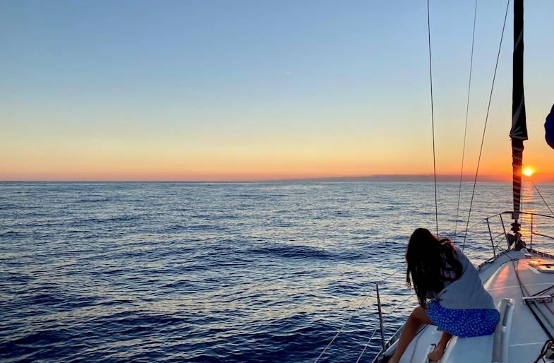 Aperitivo e Tramonto in barca a vela a Rapallo
