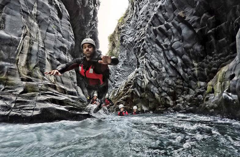 Body Rafting a Taormina
