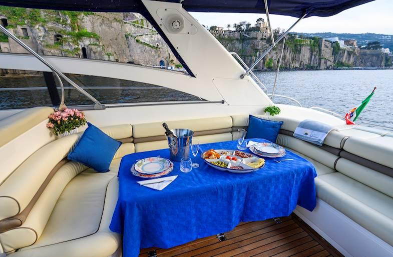 Cena e Notte in Barca a Sorrento
