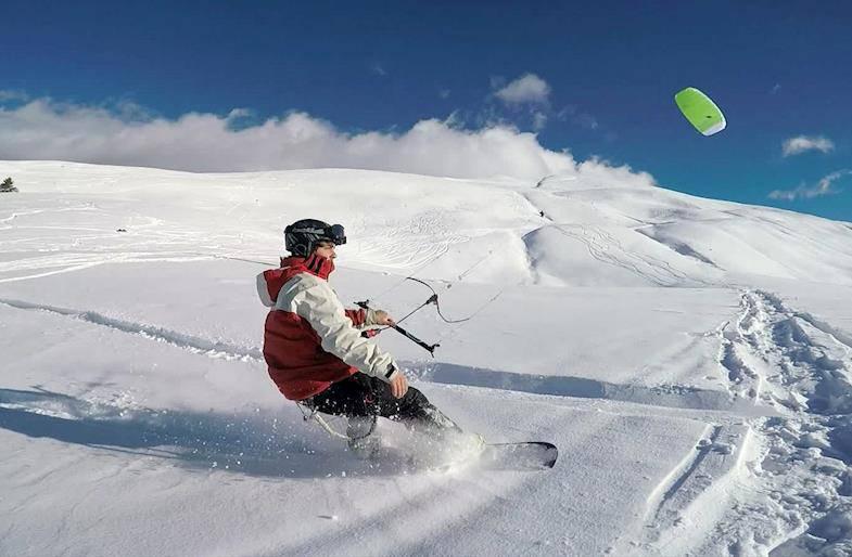 Corso di snowkite in valle d'Aosta