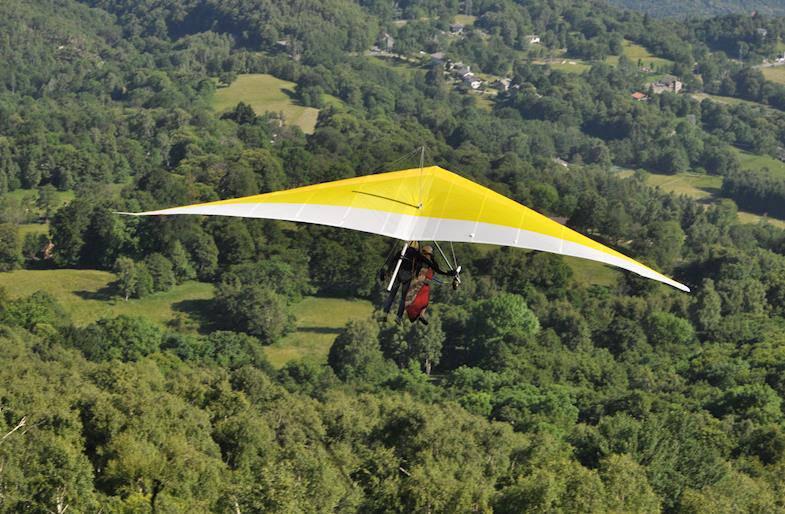Volo in Deltaplano Biposto a Torino in Piemonte