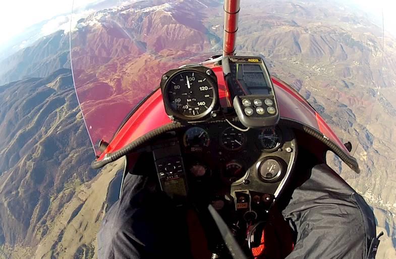 Volo in Deltaplano a motore in Umbria