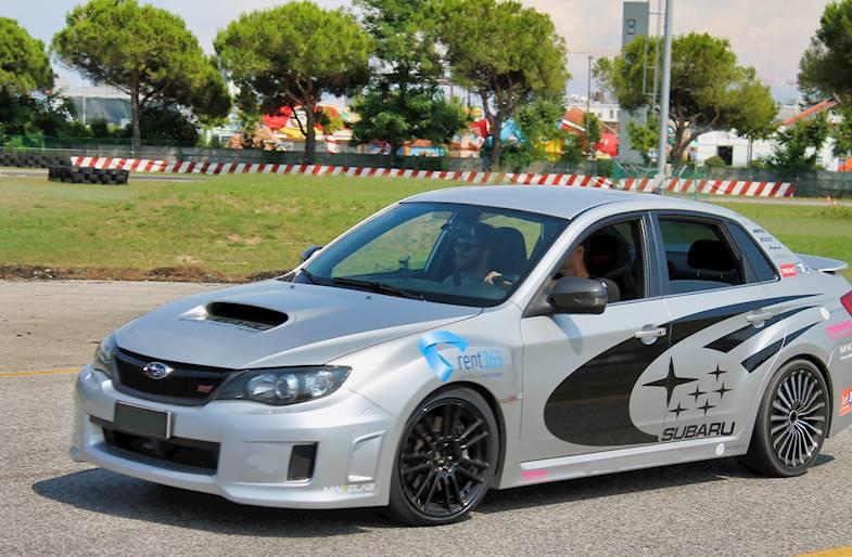 Giro in pista su Subaru Impreza a Pavia
