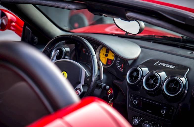 Giro su Ferrari 430 a Pavia al Tazio Nuvolari