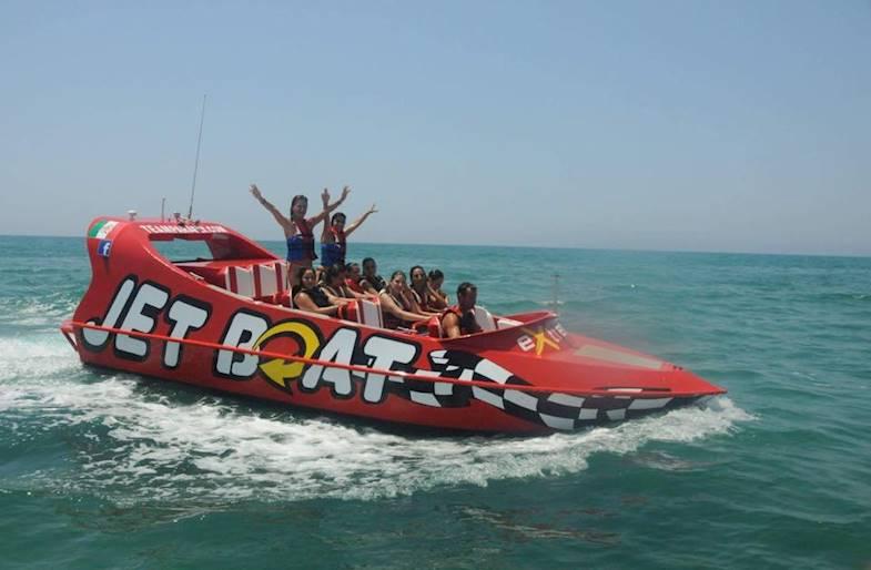 Giro su Jet Boat a Marina di Ragusa