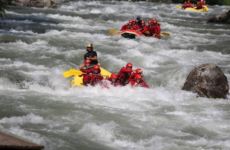 Rafting in Trentino sul fiume Noce